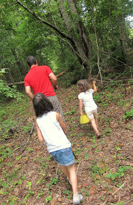 nature hiking with children